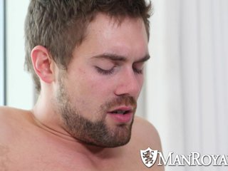 ManRoyale - Amazing Stud Griffin Barrows Fucked by Aiden Ward