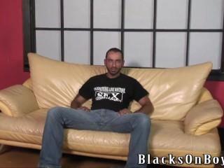 Bearded guy does bareback interracial gay sex